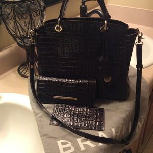 Beautiful Authentic Brahmin Bag w/ Wallet